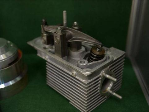 710/712 Pinzgauer Cylinder Head